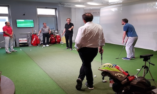 cours collectifs de putting golf indoor paris
