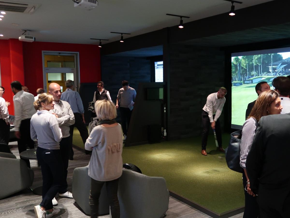 Seminaire commercial animation golf à ParisInitiation