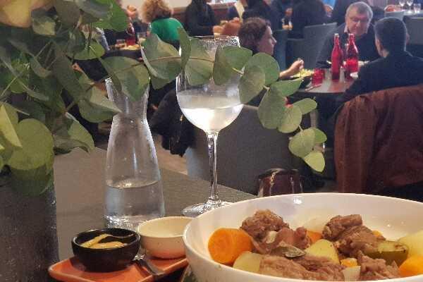 restaurant-bar-golf-paris-indoor
